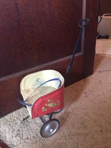 vintage chariot toy